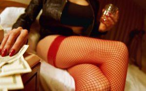 prostitute-large_trans++qVzuuqpFlyLIwiB6NTmJwfSVWeZ_vEN7c6bHu2jJnT8